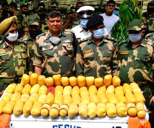 BSF seizes 60 packets of contrabands