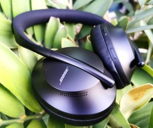 Bose Headphones 700: Ups the ante in noise cancellation