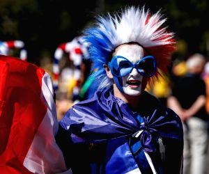 Beautiful & Whacky Fancy Free Fifa Fans Costumes
