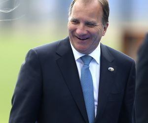 Swedish PM loses no-confidence vote