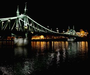 HUNGARY BUDAPEST NIGHT VIEW