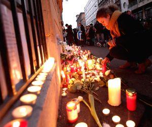 HUNGARY BUDAPEST ITALY BUS CRASH MOURNING