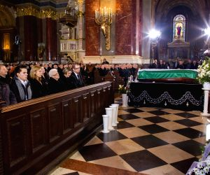 HUNGARY BUDAPEST GOLDEN TEAM SOCCER PLAYER FUNERAL