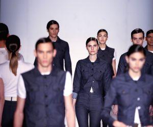 Buenos Aires: Buenos Aires Fashion Week (Bafweek)