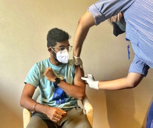 More athletes, cricketers take Covid-19 vaccine shots