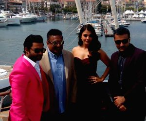 Cannes (France): 'Jazbaa' - press conference