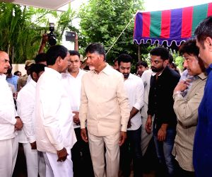 Celebs pay homage to Nandamuri Harikrishna