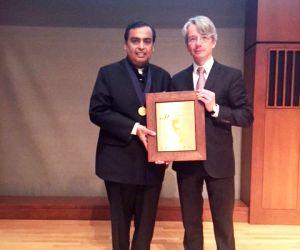 Philadelphia (US): Mukesh Ambani receives Othmer Gold Medal