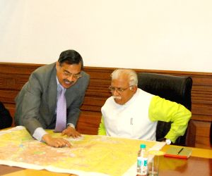 Haryana CM reviews the proposed route map of Gurgaon- Faridabad Metro Link Project