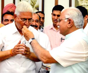 Haryana CM with newly appointed HSSC Chairman