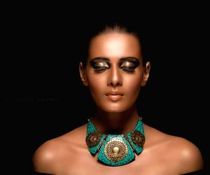 Meera Mitun - photoshoot