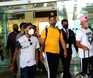 Dhoni, other CSK players reach Chennai for camp ahead of IPL