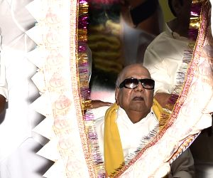 Karunanidhi celebrates his 92nd birthday