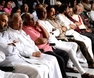 Friends and relatives  pay tribute to K. Balachander