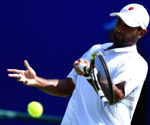 Qualifier match of ATP Chennai Open 2015 - Jeevan Nedunchezhiyan vs Lakshit Sood