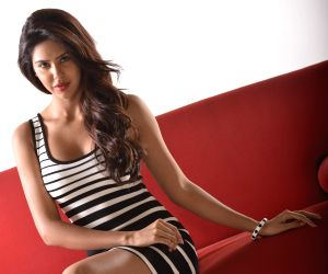 Sailing through Cloud nine - 'Kappal' Girl Sonam Bajwa