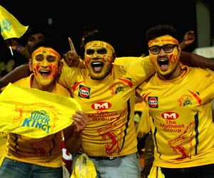 IPL 2019 opener: Chennai opt to field vs Bangalore
