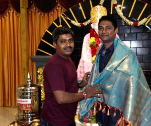 Tamil movie Raavaa movie pooja stills