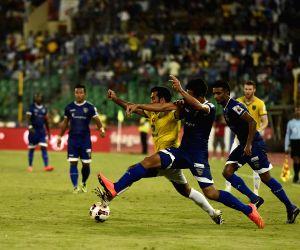 ISL - Kerala Blasters FC vs Chennaiyin FC