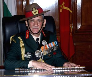 Army chief reviews security in Valley