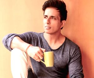 Sonu Sood airlifts 177 Odia girls from Kerala