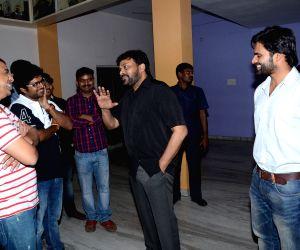 Chiranjeevi watches Supreme movie with Sai Dharam Tej