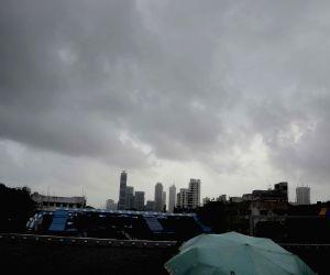 Cloudy day in Mumbai