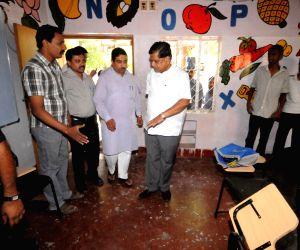 Jagadish Shetter inspecting the spot bomb blast near BJP office