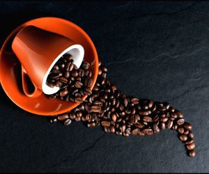 Health Research: Caffeine lingers in Human blood more than we can ever imagine