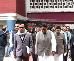 Congress delegation meets Election Commission