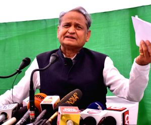 Rahul's hug of Modi sought to wipe out hate politics: Gehlot