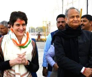Priyanka Gandhi reaches Jaipur