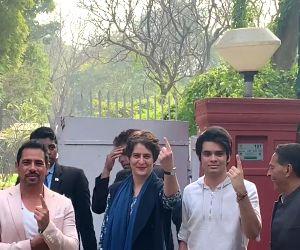 Delhi Polls 2020 - Priyanka Gandhi, Robert Vadra cast vote