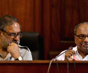 Congress accuses PM, Sitharaman of 'misleading' Lok Sabha on Rafale deal