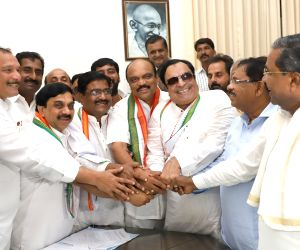 Congress' MLC candidates during filing of nominations