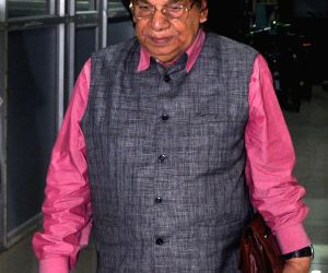 :Congress MP Abu Hasem Khan Choudhury after appearing before CBI in connection with multi-crore-rupee Saradha chit fund scam in Kolkata, on Sept 22, 2014. .