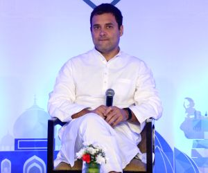 Rahul expresses solidarity with Kashmir IAS officer