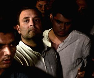Rahul Gandhi leads candlelight vigil at India Gate
