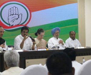 Congress President Sonia Gandhi with party leaders Ghulam Nabi Azad, K. C. Venugopal, Dr Manmohan Singh and A. K. Antony during a meeting at Congress Headquarters in New Delhi on Sep 12, ...