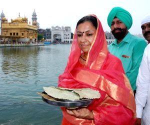 Asha Kumari at Golden Temple
