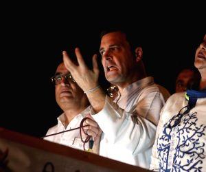 Congress protest against Arvind Kejriwal