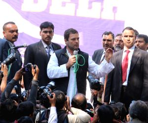 Rahul Gandhi joins protest to condemn Rohith Vemula's death
