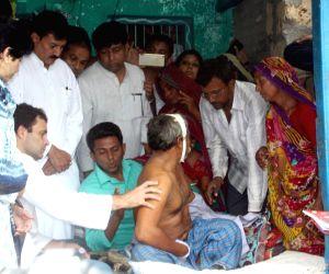 Rahul Gandhi meets parents of Una's village victims