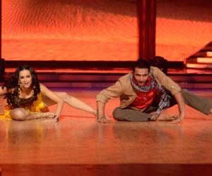 Salman Khan & Katrina Kaif on Jhalak Dikhla Jaa 5