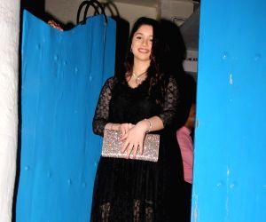Sachin Tendulkar's birthday celebration - Sara Tendulkar