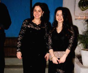 Sachin Tendulkar's birthday celebration - Anjali Tendulkar and Sara Tendulkar