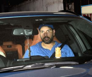 Yuvraj Singh seen in Juhu