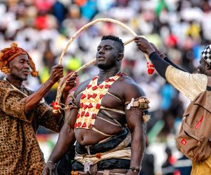 SENEGAL DAKAR TRADITIONAL WRESTLING LE CHOC