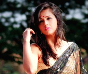 Bigg Boss 13: Dalljiet Kaur says she took 4 years to agree to be a part of  this controversial reality show