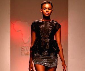 Dar es Salaam (Tanzania): Swahili Fashion Week 2014